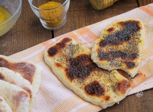 Il famoso pane naan, ideale per accompagnare i piatti speziati come il pollo o anche il rogan josh o il basmati, in versione gluten free.