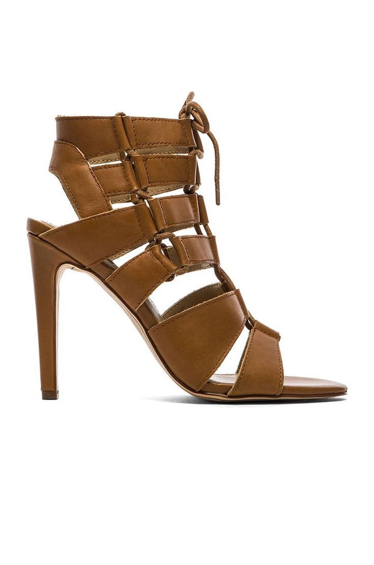 8 Beste Pinterest scarpe images on Pinterest Beste   Heels, scarpe heels and Block heels d2e79d