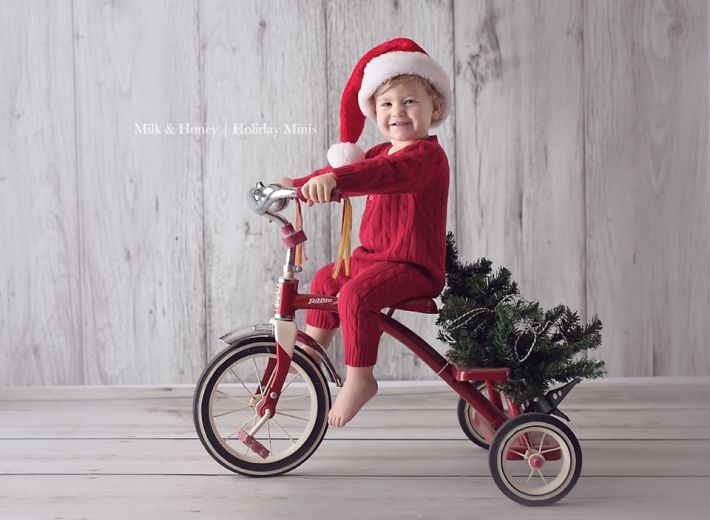 There Are So Many Great Christmas Photo Ideas Here I Love All Of Her Awesome Props Tons Fun Card Some These Would Be Perfect Just