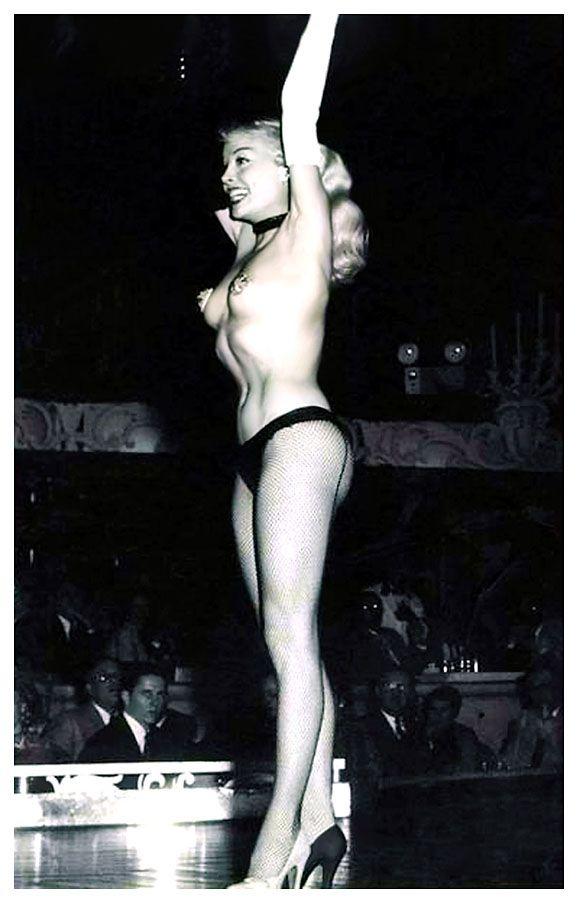 nude galleries of girls