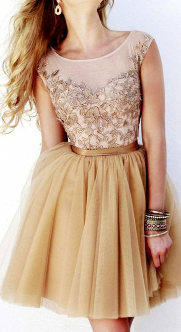 être la plus jolie avec cette robe courte