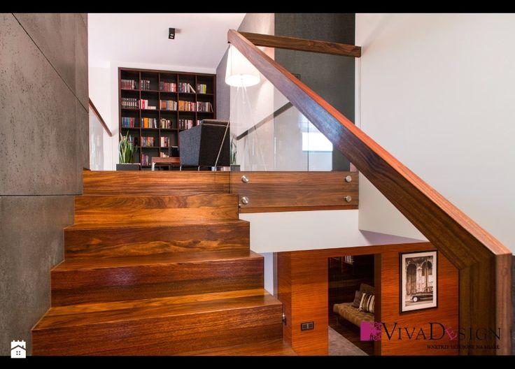 Schody - zdjęcie od Pracownia Projektowania Wnętrz Viva Design - Schody - Styl Nowoczesny - Pracownia Projektowania Wnętrz Viva Design