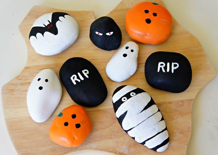 Painting Halloween Rocks - Halloween crafts ☆ // Basteln zu Halloween / #basteln #craft #halloween