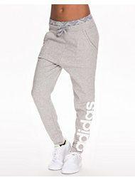 Adidas sweatpants 499kr