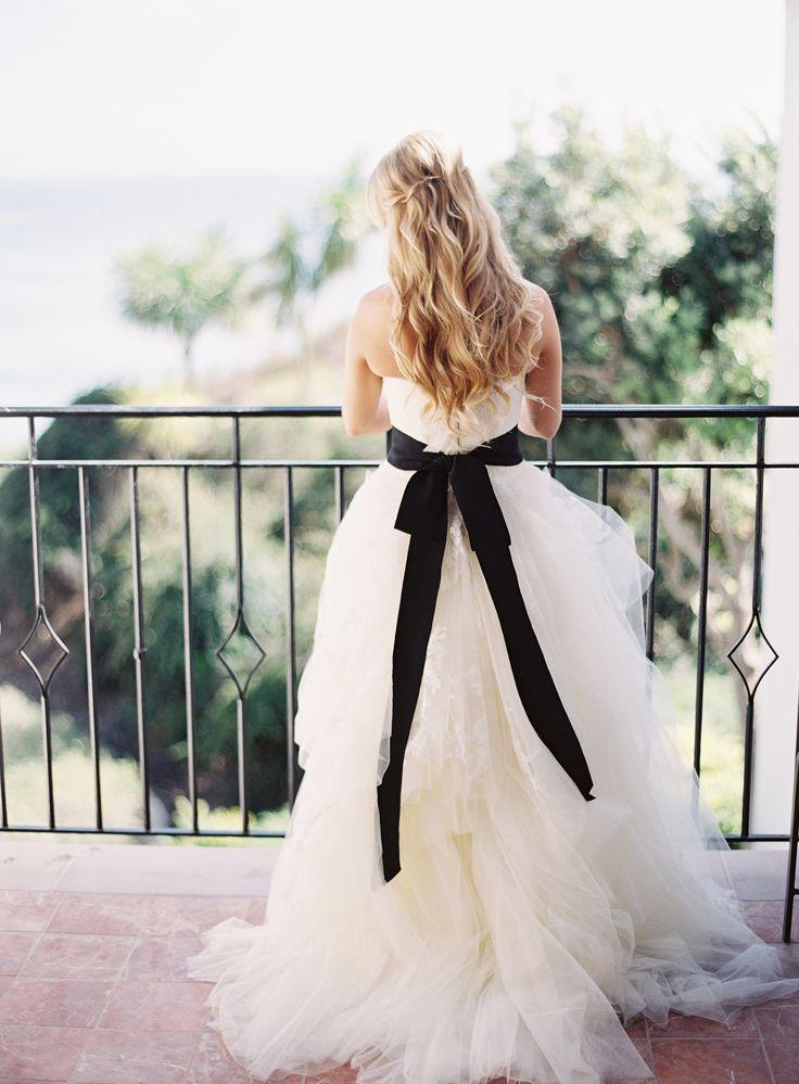27 best vera wang hochzeitskleider images on pinterest wedding frocks homecoming dresses. Black Bedroom Furniture Sets. Home Design Ideas