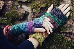 Ravelry: Camp Out Fingerless Mitts pattern by tante ehm. Could make these then wear them with the garter edge folded back when i wanted my palms free?