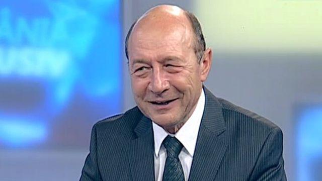 TRAIAN BASESCU la ROMANIA TV 15 NOIEMBRIE 2015 - EMISIUNE INTEGRALA FULL