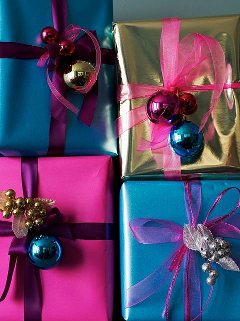 Christmas wrapping idea with ornaments.