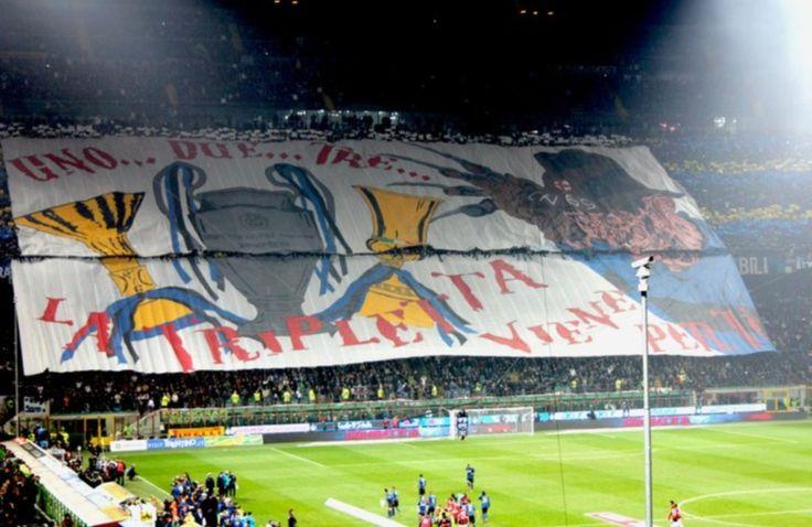 #Coreografia dei tifosi interisti in @Inter-@acmilan durante il campionato di calcio @SerieA_TIM 2010-2011