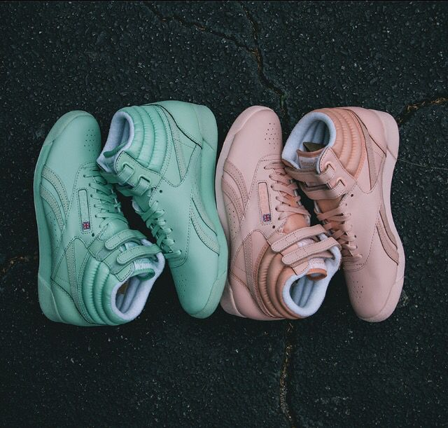 Reebok freestyle hi spirit mint/coral. NEED