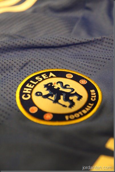 @madoverdonuts #AmMadAbout Chelsea Football club coz we are the european champions!!!!!!