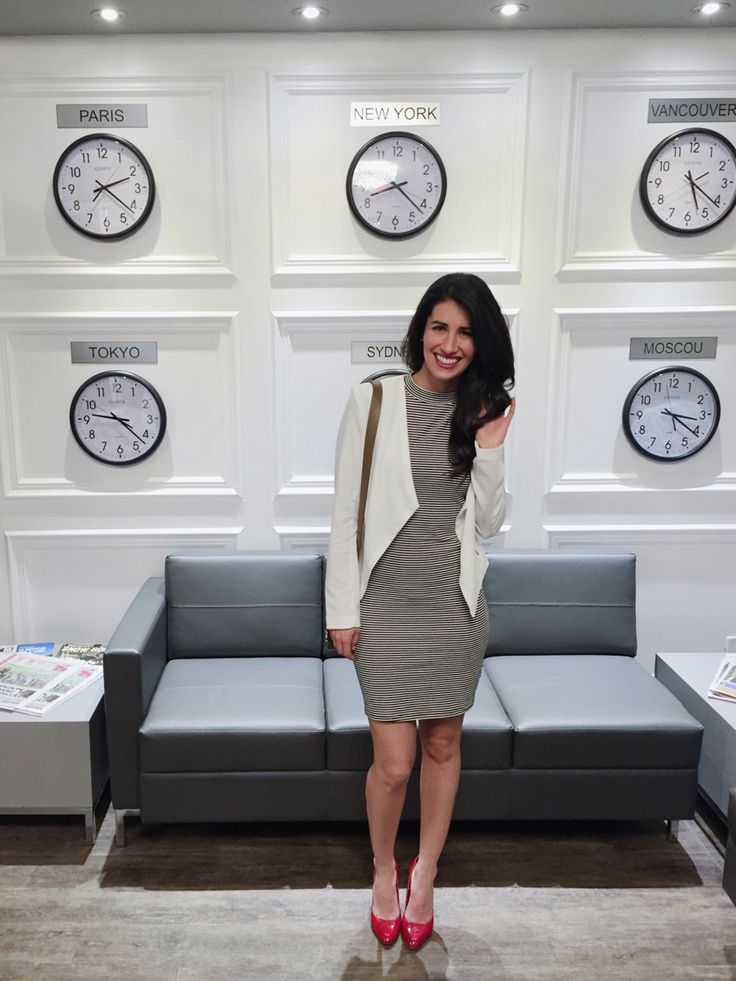 Your time is my time <3 Love all the clocks on the wall !!! White inspiration, white living, grey couch. With my amazing OOTD / OOTN. Get style with strips this spring, with some red accent and a white jacket!