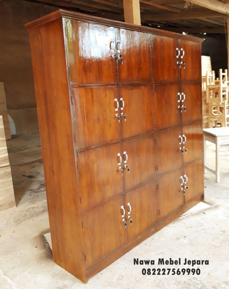 harga Lemari Locker Perpustakaan sekolah pintu 16 dengan bahan jati yang elegan dan minimalis terbuat dari mebel jepara yang elegan dan awet dengan 16 pintu