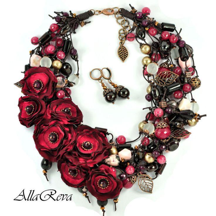 """Купить Колье """"Пылкие чувства"""" - бордовый, колье, колье с цветами, цветы, цветы из ткани"""