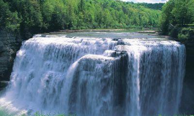 Водопад в парке New-York