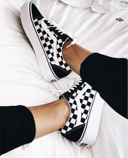 cueva Intención Alentar  Pin by ineice jones on Vans | Aesthetic shoes, Trending shoes ...
