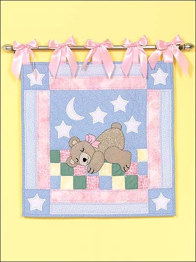 Sleepy Bear Wall Quilt