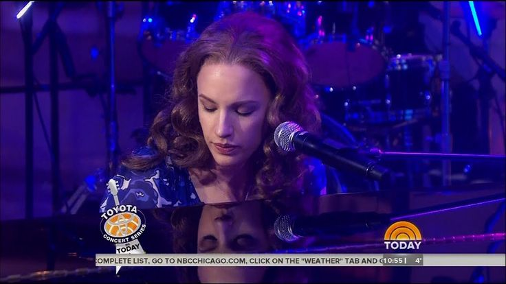 """Jessie Mueller Performs """"Beautiful"""" on Today Show 