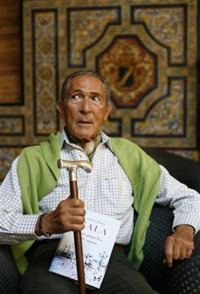Antonio Gala..