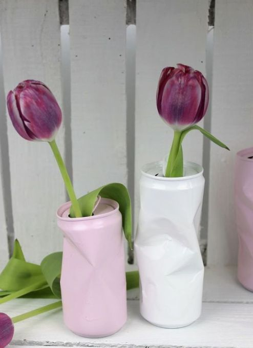 DIY Blumenvase aus alten Dosen - geniale Recycling / Upcycling Idee DIY flower vase from old cans - brilliant recycling / upcycling idea: DIY, handicr Diy Décoration, Easy Diy, Diy Crafts, Diy Garden Projects, Diy Garden Decor, Garden Ideas, Diy Flowers, Flower Vases, Flores Diy