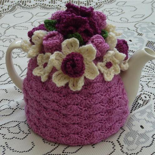 -Crochet Tea Cosy/Pink with Flower Garden Top