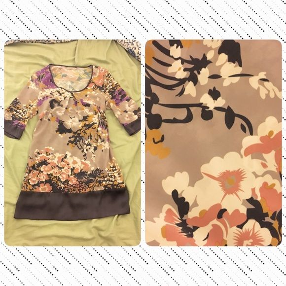 """Antheopologie Darling floral Japanese tunic top Adorable tunic top by Darling Brand UK. Features an Asian floral pattern. Size S but can fit a XS as well. Sold in stores like Anthropologie or ASOS. Really pretty tunic which can be worn over jeans and if you are petite may double as a mini dress too. Length 30"""" ☺️ Darling Tops Tunics"""