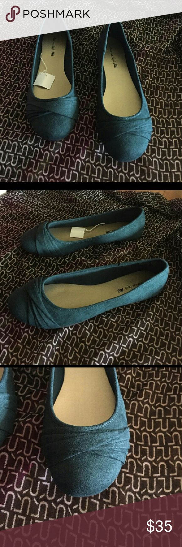 13 size...TEAL SUEDE TWISTED SLIPPER...SALE! Soft comfortable...brand new..never worn....WEEKEND SALE!!!#😁 Shoes Flats & Loafers