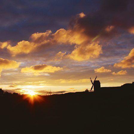 #discoverarchipelago #archipelago #aland #finland #sea #island #sunset #sunset_madness #sunrise_sunsets_aroundworld #nature_brilliance #sky #sky_captures #windmill #evening #ig_captures #ig_scandinavia #ig_sunsetshots #landscape