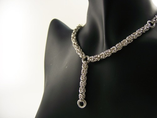 Byzantine necklaceChains Together, Silver Chainmail, Jewelry Inspiration, Drop Necklaces, Byzantine Necklaces, Maille Jewelry, Silver Pendants, Jewelry Luxury, Fine Jewelry
