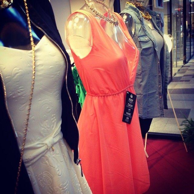 Super snygga våroutfits just nu på #PopUpPlace#KvCaroli#Bubbelroom#MakeWay#HappyHolly#ChiaraForthi (på/i Pop Up Place- Kv.Caroli, Malmö)