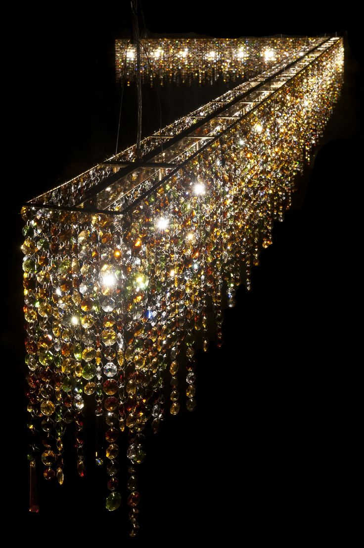 Linea Crystal Chandelier Manooi www.manooi.com #Manooi #Chandelier #CrystalChandelier #Design #Lighting #Linea #luxury #furniture