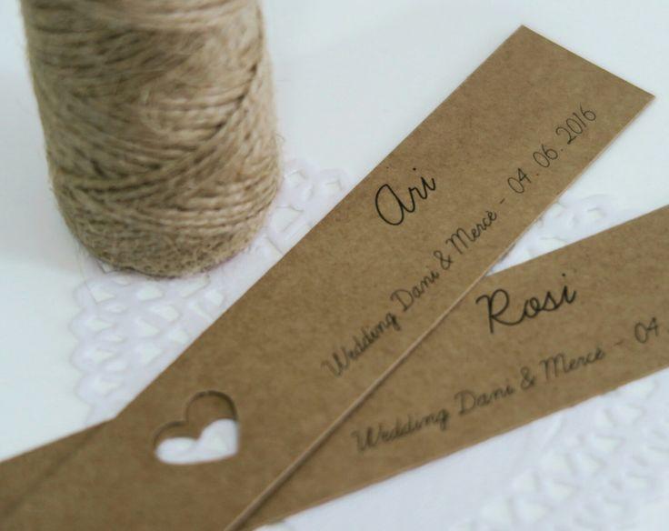 Tags for bridesmaid's presents. Etiquetas para unos obsequios destinados a las damas de honor.