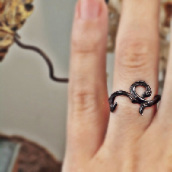 oxidized sterling silver ring flourish tattoo by RandPapeleJewelry, $60.00