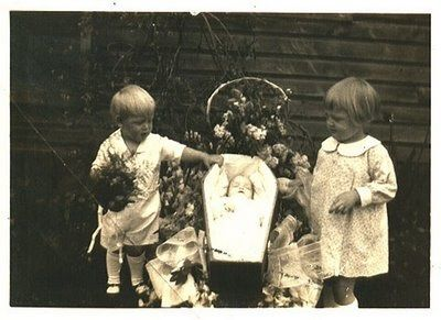 Victorian Memento Mori | Memento Mori: Victorian Death Photos | Cogitz