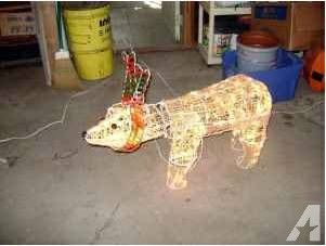 2 or 3 foot Animated Lighted Polar Bear Christmas Decor Indoor and Out - for Sale in Clinton, Illinois Classified | AmericanListed.com