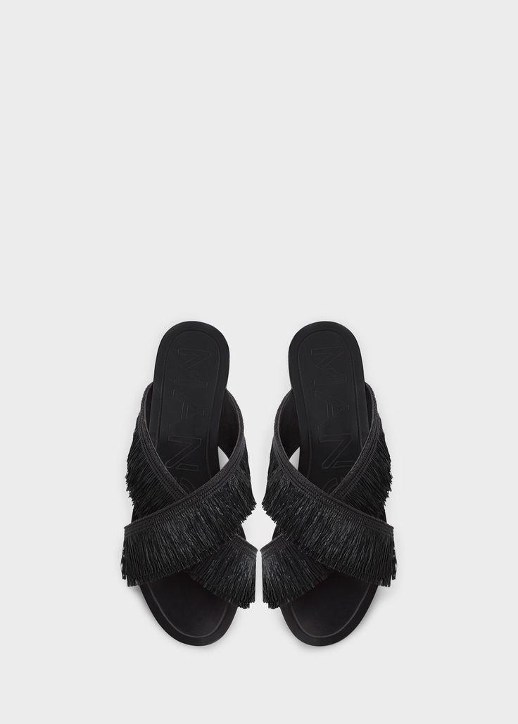 Fringed cross strap sandals | MANGO