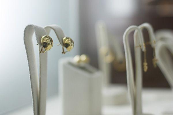 Aretes elaborados en Oro Amarillo #earrings #gold