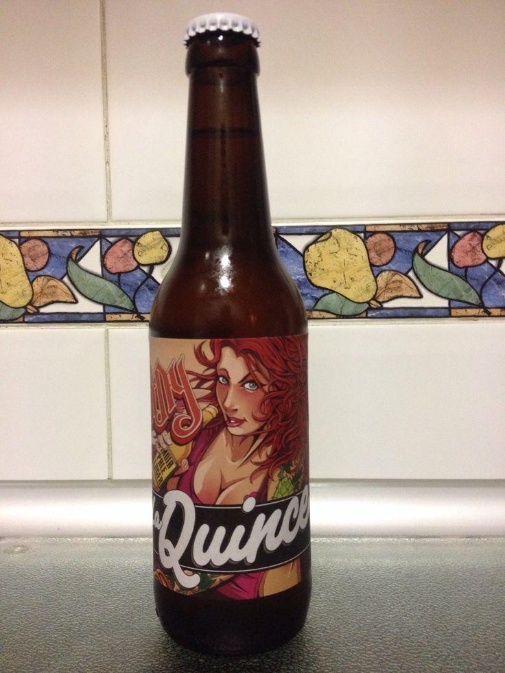 La Quince Extra Horny - 6,9% 80 IBUS. Lúpulo Simcoe, Mosaic y Summit. Cerveceros de Madrid hecha en Bidasoa. IPA buen aroma, final un poco rudo.
