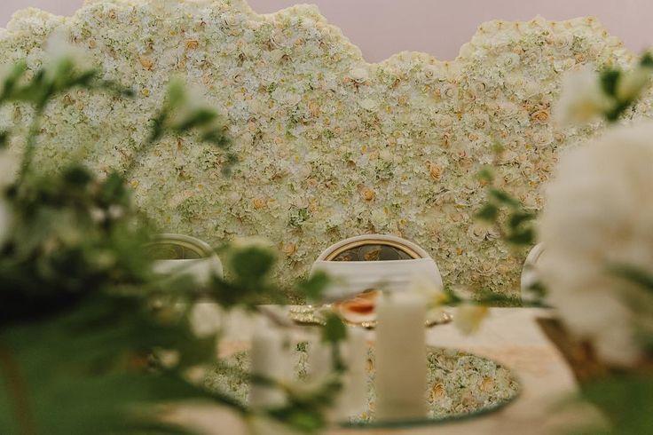 Royalty Wedding - Gold / Bronze Decor - Vintage , Antique, Royal, Elegant design - Flower Wall by Satori Art & Event Design
