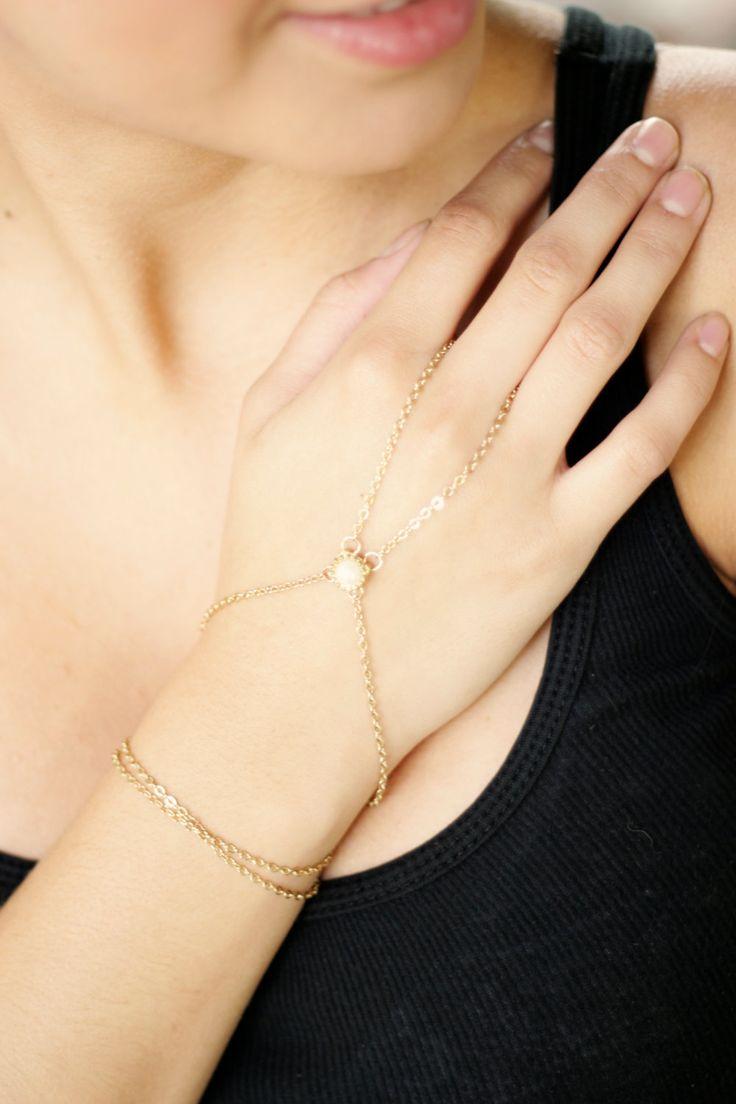 $30 Slave Bracelet - Hand Flower Bracelet - Harem bracelet - Belly Dancers Bracelet
