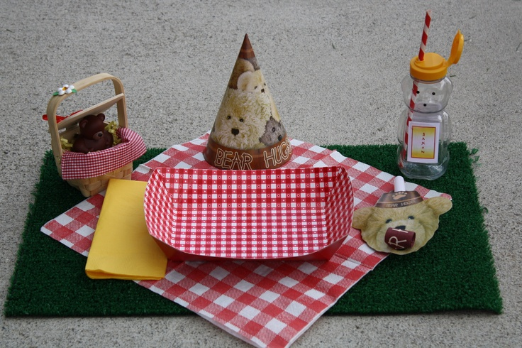 Build-A-Bear Party Table Setting - Our twins had a BAB party.  Afterwards, we had a teddy bear picnic.  Astro-Terf is a great way to mock grass.: Twin, Teddy Bears, Table Setting, Party Table