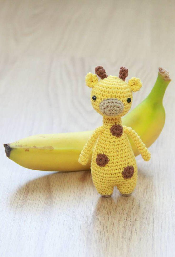 Mini Giraffe Crochet Pattern by Little Bear Crochets: www.littlebearcrochets.com ❤️ #littlebearcrochets #amigurumi