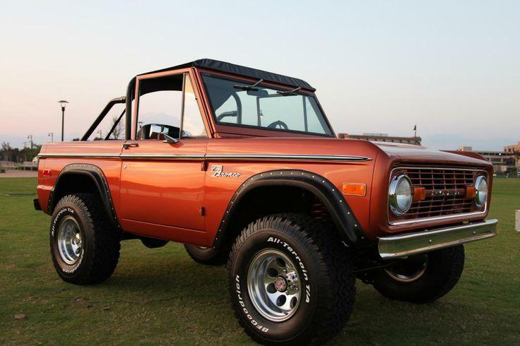 Velocity Restorations Pensacola, FL Ford bronco, Classic