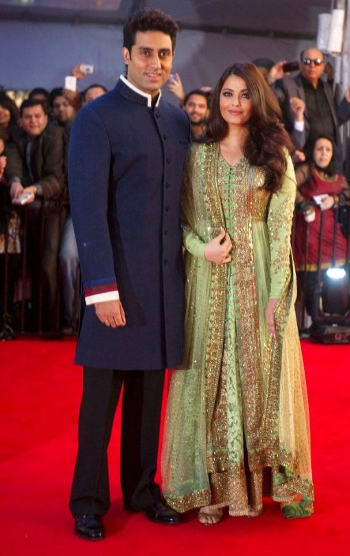 Aishwarya Rai in a gorgeous green and gold Sabyasachi with Abhishkek Bachchan at TOIFA