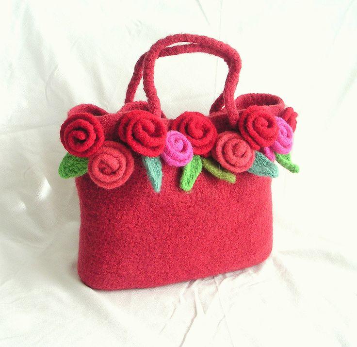 Felted Rose Bag Crochet Pattern Tutorial pdf , Crochet Bag Pattern , Crochet Felt Flower Pattern, via Etsy.
