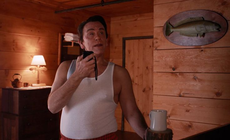 Playinglynch: John Malkovich interpreta i personaggi di David Lynch http://www.organiconcrete.com/2016/10/07/playinglynch-john-malkovich-interpreta-i-personaggi-di-david-lynch/