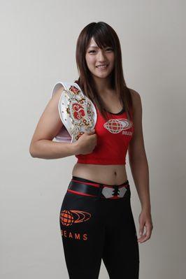 A beautiful fighter RENA