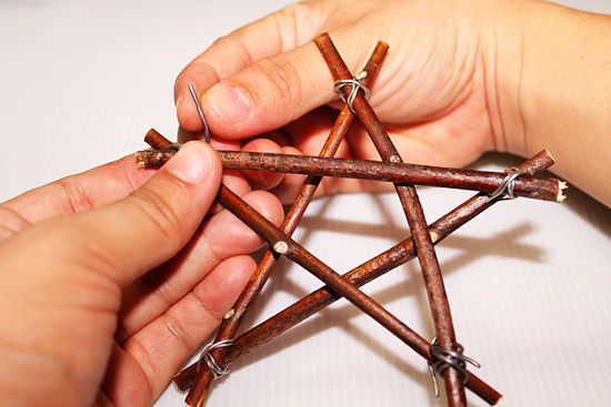 How to Make Twig Star Decorations: 11 steps (with pictures)