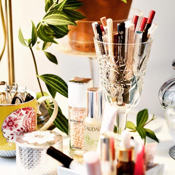"90 tykkäystä, 4 kommenttia - Merit Lindén (@meritofbeauty) Instagramissa: ""It's not just makeup, it's having time just for yourself and creating a beautiful corner to please…"""