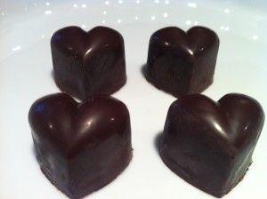 Vind dine gæsters hjerter med fyldt chokolade med marcipan og brandy